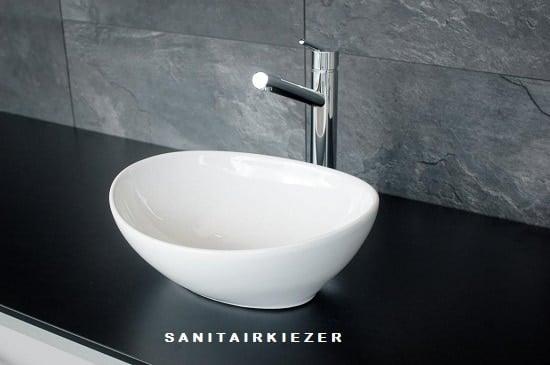 Waskom wit v sanitairkiezer